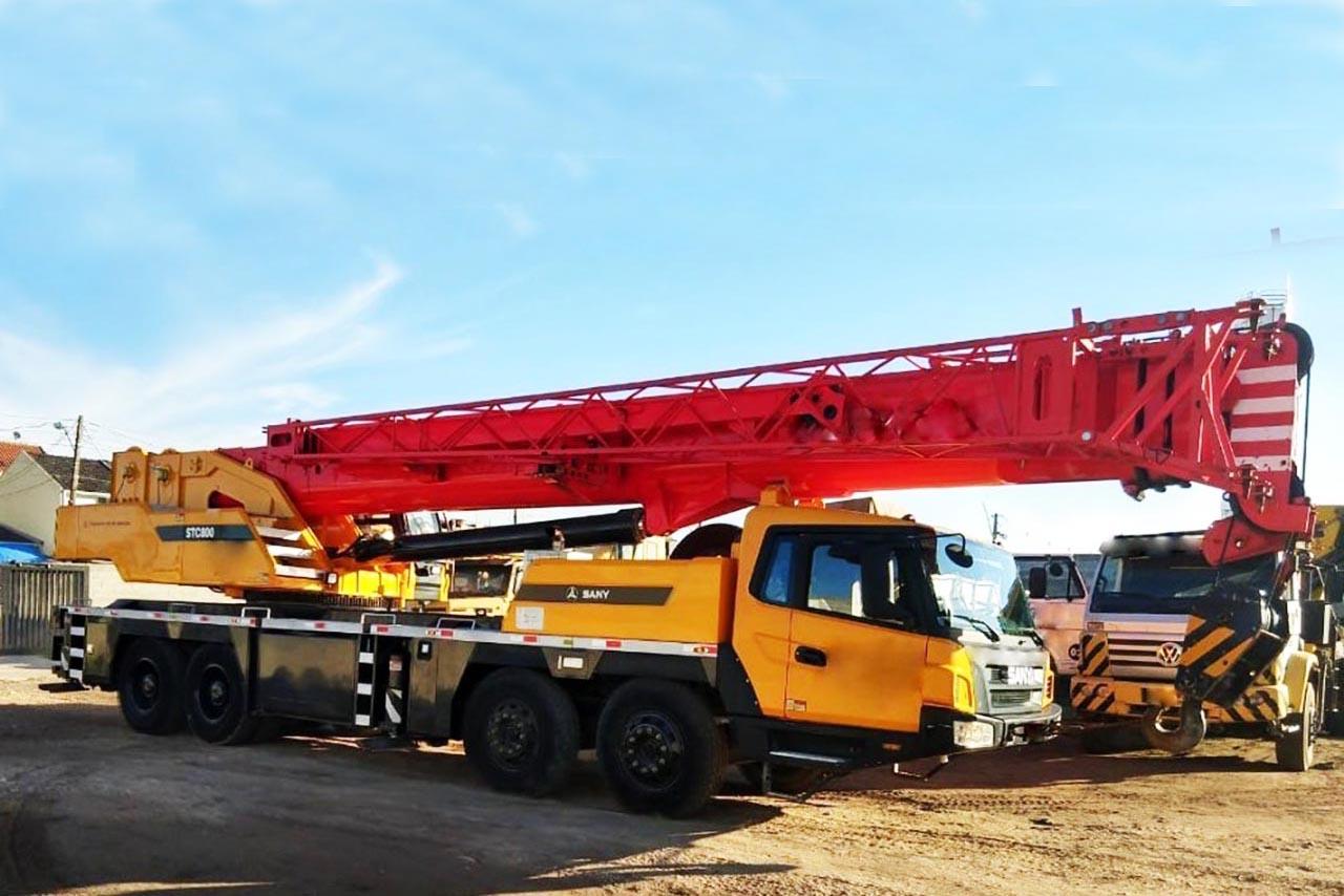 cho thuê xe cẩu chuyên dụng 80 tấn 002