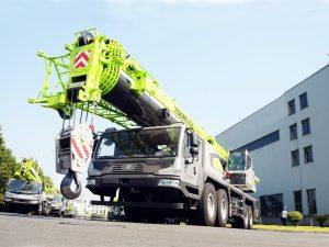 cho thuê xe cẩu chuyên dụng 90 tấn