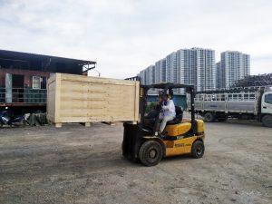 cho thuê xe nâng 2,5 tấn 02
