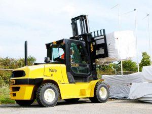 cho thuê xe nâng 8 tấn